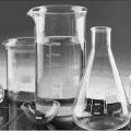 Посуда и лабораторные принадлежности из стекла